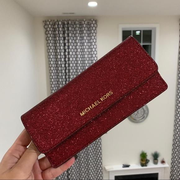 257f95fd4025 Michael Kors Bags | Giftable Flat Wallet | Poshmark